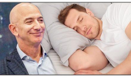 जेफ बेज़ोस आठ घंटे कि नींद के साथ कभी नहीं होते संमत, जानिए दुनिया के सबसे धनिक व्यक्ति कैसे जीते है जिंदगी