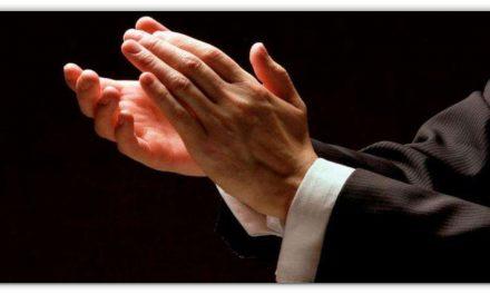 ताली बजाने से शरीर को अद्भुत लाभ मिलते हैं, बिना किसी कीमत के कई बीमारियों का इलाज, पढ़ें और अपने दोस्तों को बताए