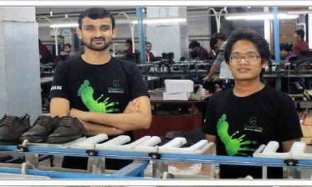 दो दोस्तों ने मिलकर पुराने जूते और चप्पल बेचकर खड़ी की करोड़ों की कंपनी, रतन टाटा भी है उसके बहुत बड़े प्रशंसक